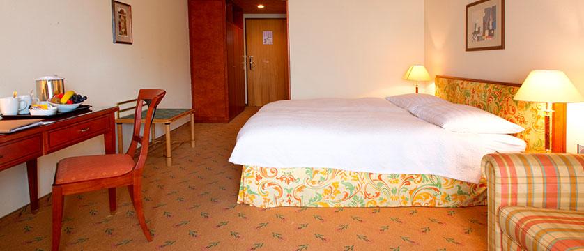 Hotel Silberhorn, Wengen, Bernese Oberland, Switzerland - standard double room.jpg